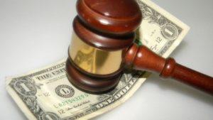 Оплата правовых услуг, оказанных до суда, не является ни судебными расходами, ни убытками