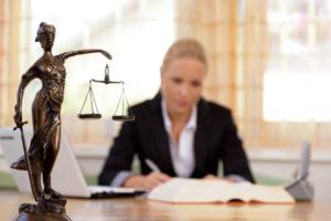 Как деньги могут уничтожить профессию юриста