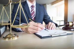 Как организована судебная работа в вашей юридической службе?